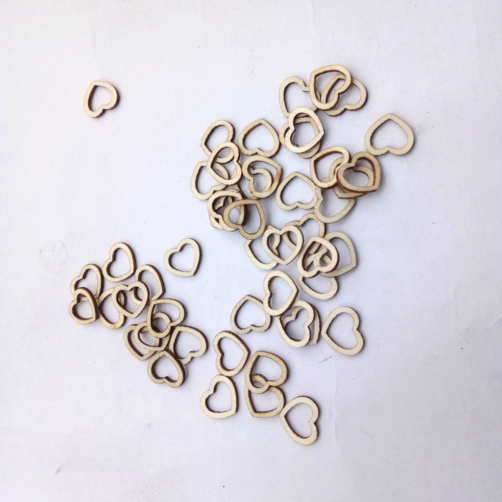 50Pcs Rustic Laser Engraving Wooden Hollow Love Heart Crafts DIY Wedding Table Scatter Confetti Vintage Decorations