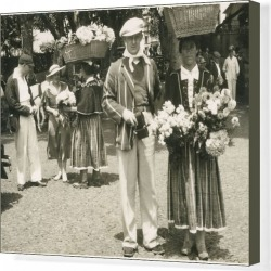 Canvas Print. Traditional flower sellers in Madeira, Portugal. Date: circa 1930s