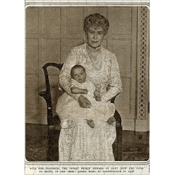 Jigsaw Puzzle. Queen Mary with grandchild Prince Edward