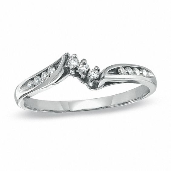 Ladies' 0.14 CT. T.w. Diamond Wedding Band in 14K White Gold