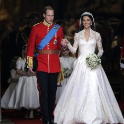 Photographic Print: The Royal Wedding of Prince William and Kate Middleton in London, Friday April 29th, 2011: 16x16in