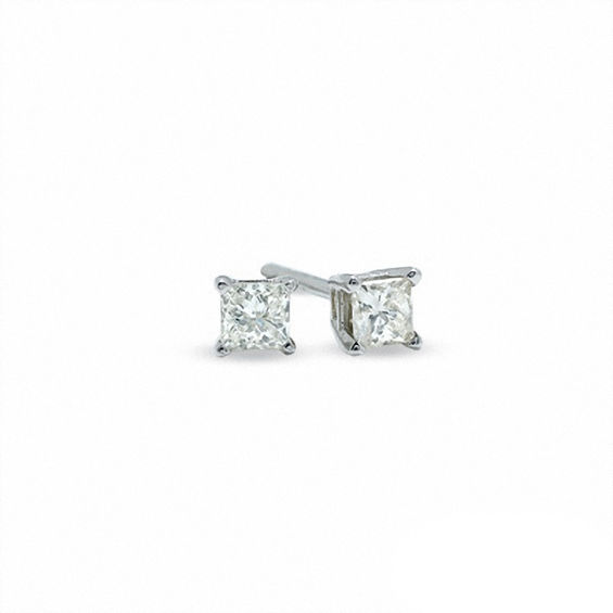 Previously Owned - 1/10 CT. T.w. Certified Canadian Princess-Cut